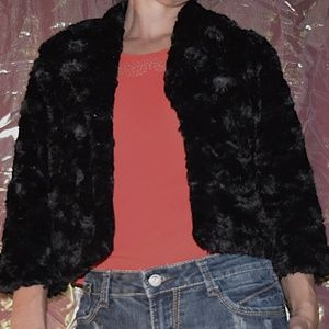CUTE FLUFFY FAUX FUR JACKET